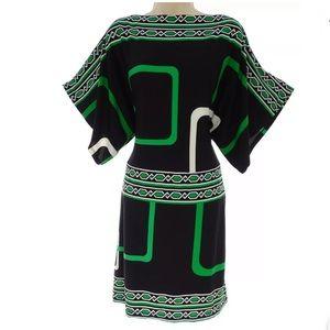 Size 12 PRETTY GEOMETRIC PRINT DOLMAN SLEEVE DRESS